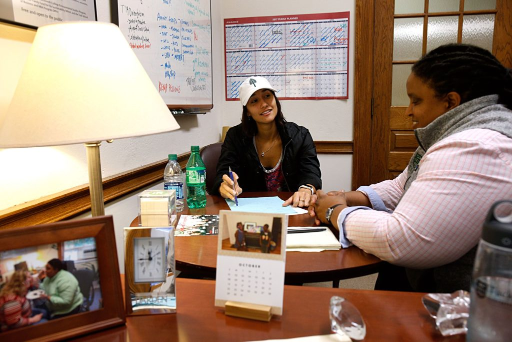 First year student Kat Hemsing speaks with Dia Draper, director of strategic initiatives at the Tuck School of Business, during a meeting in Draper's office in Hanover, N.H., on Oct. 24, 2017. Hemsing is a member of the student board and gets together with Draper monthly to talk about budgets and programs. (Valley News - Geoff Hansen) Copyright Valley News. May not be reprinted or used online without permission. Send requests to permission@vnews.com.